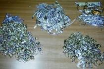 Златни и сребърни бижута за 10 хиляди конфискуваха митничари