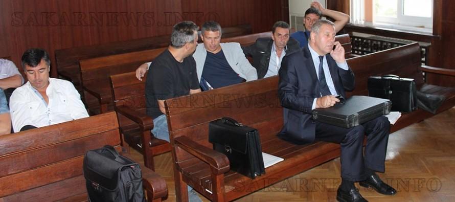 Ключов свидетел препъна делото срещу 9 митничари