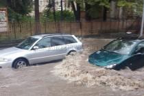 Кръстовища в Хасково под вода