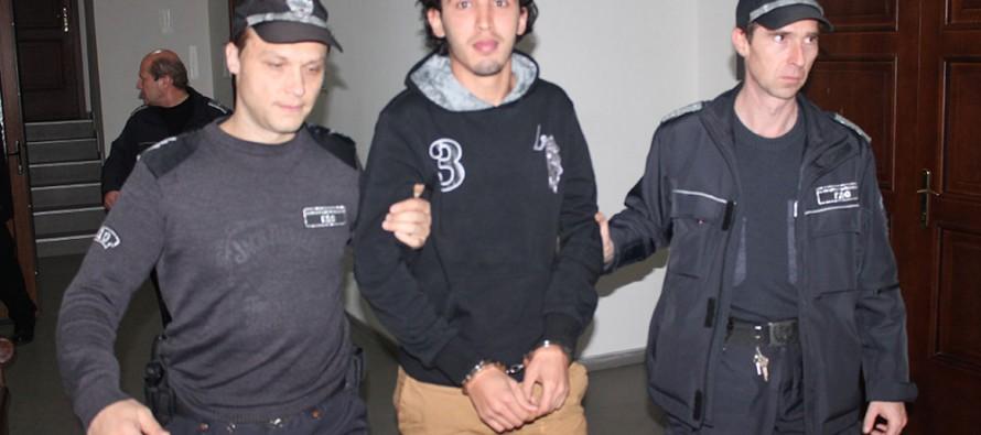 Задържаха под стража обвинените в тероризъм