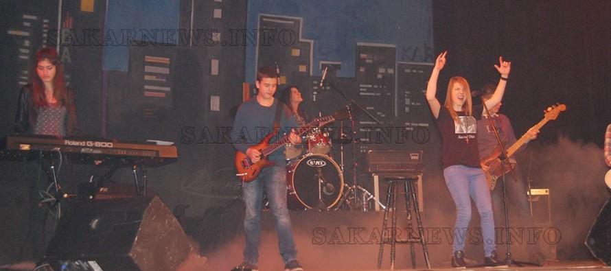 С рок концерт продължиха Коледните тържества в Харманли