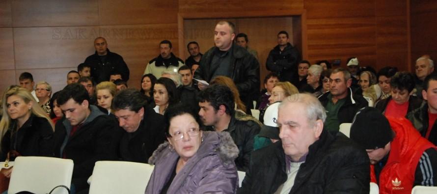 Държавната агенция на бежанците отговори на харманлийци