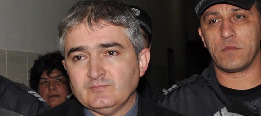 Оставиха Тодор Караиванов в ареста