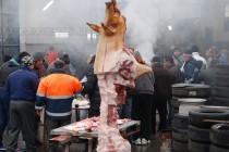 220 кг. прасе не стигна, довършиха купона със салам