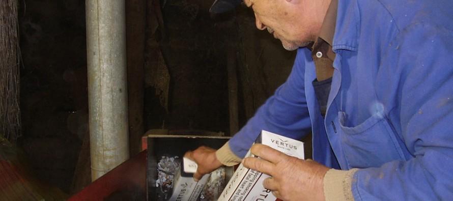 Фалшиви стоки и цигари бяха унищожени от митницата