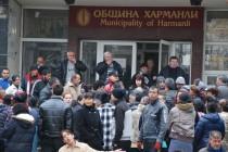 Ромите в Харманли отказаха да работят 15 дни, искат 5