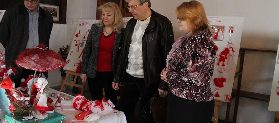 Показаха български мартеници на изложба в одринска църква