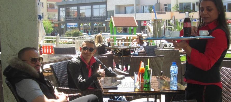 Кафене в Харманли плаща ток и вода по-малко от къща