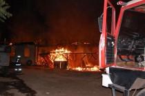 Изгоря дърводелски цех в Харманли