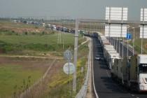 Около 300 тира чакат да преминат в Турция