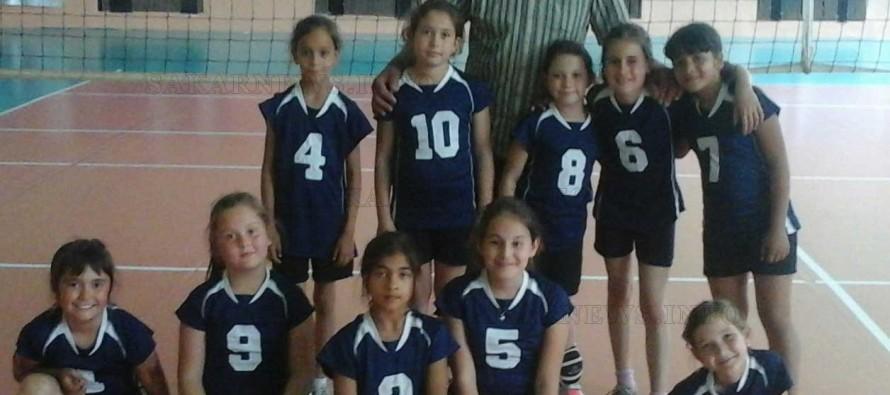 """Момичетата от ВК """"Любимец 2010"""" с победа в Междуобластното първенство по волейбол"""