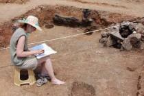 Археолози откриха необичайни гробове