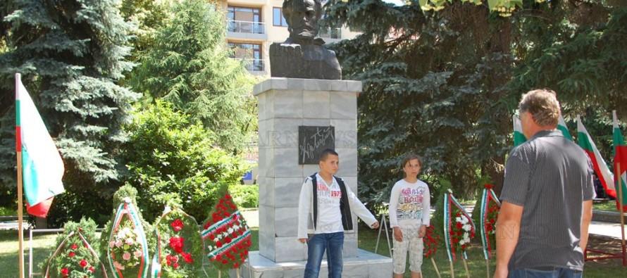 В Харманли отслужиха панихида в памет на загиналите за свободата