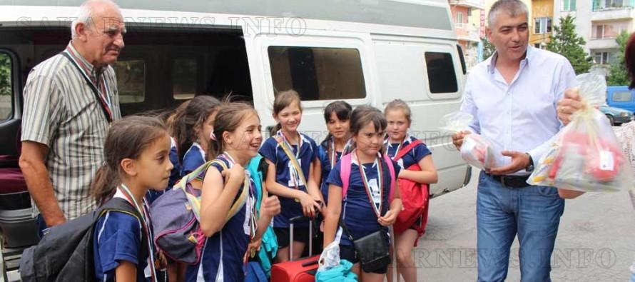 "Волейболистките до 10 години на ""Любимец 2010"" станаха национални шампиони"
