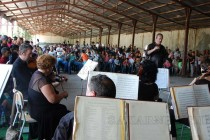 Радецки марш за откриването на дарителски център в лагера