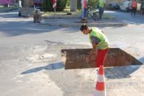 За трети път запълват дупка на Главната в Харманли