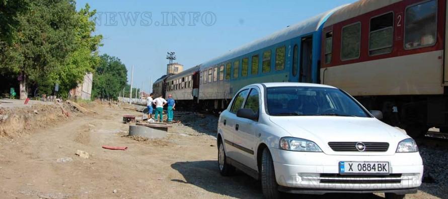 МВР проверява международния влак  на гарата в Харманли