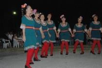 """""""Загрей"""" танцуваха в Гърция пред двама депутати"""