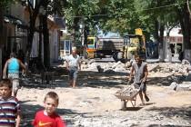 Започна ремонтът на пешеходната зона в Симеоновград