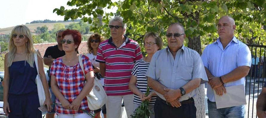 Войнишки паметник има вече и в Българска поляна