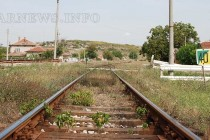 Момче на 16 години пострада сериозно след сблъсък с влак