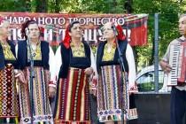 """Второ издание на """"Воден пее и танцува"""" събра изпълнители от България  и Турция"""