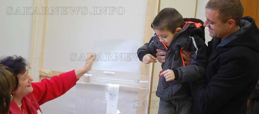 Изборният ден приключи, в Тополовградско още чакат пред урните