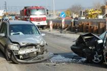 Челен сблъсък на два автомобила на Международен път Е80 в Харманли