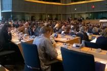 На Европа и е нужна солидарност за справяне с  проблема с нахлуването на бежанци
