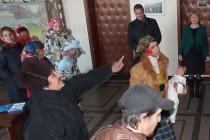 """""""Веселите баби"""" ръсеха в  общината за плодовитост"""
