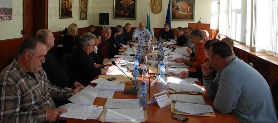 Театър на абсурда сътвори Общинският съвет на Тополовград