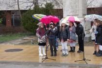 Венци и спектакъл в памет на Апостола в Тополовград