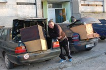 Гонят 13 семейства  от военен блок