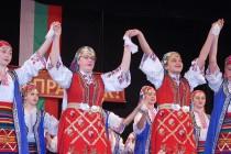 Самодейци поздравиха с концерт  съгражданите си за 1 и 3 март