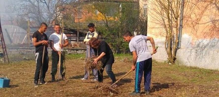Цяло село се ангажира с пролетното почистване на Княжево