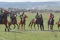 Кушия, емоции, настроение и вятър на Тодоровден в Тополовград