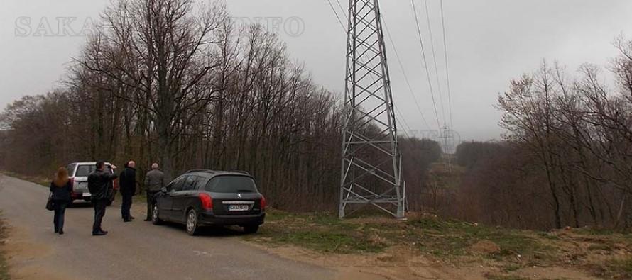 Рехабилитираха няколко електропроводи през землища