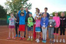Тенис турнир събра над 40 деца  от страната