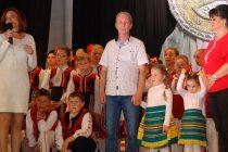Многогодишен труд на самодейци трогна  публиката на Любимец