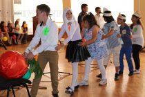 """Третокласници от """"Христо Ботев"""" сътвориха празник на английски език"""
