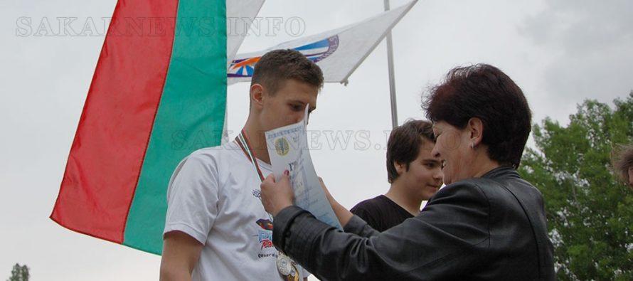 Общо 13 медала за  корабомоделистите
