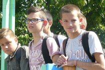 Децата на Тополовград  празнуваха с игри и лакомства