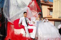 ТИР вози младоженци на най-пищната сватба в Харманли