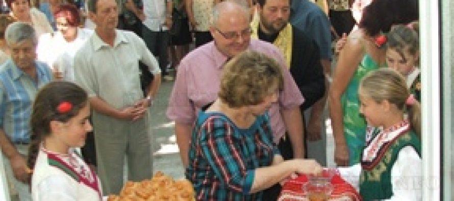 Министър Масларова и кметът Лисков откриха Дом за стари хора