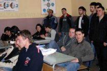 Представиха професията войник в Тополовград