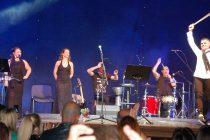 Шоу на Васко Василев събра стотици фенове