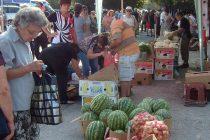 Дините все още хит на пазара в Тополовград