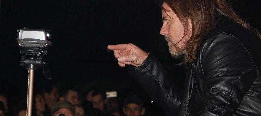 Хиляди пяха с Дъги Уайт на площада в Хасково