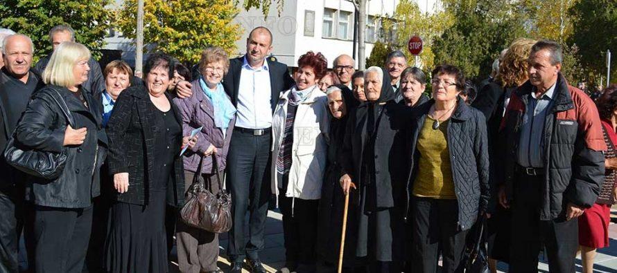 Ген. Радев закри кампанията си за областта в Тополовград