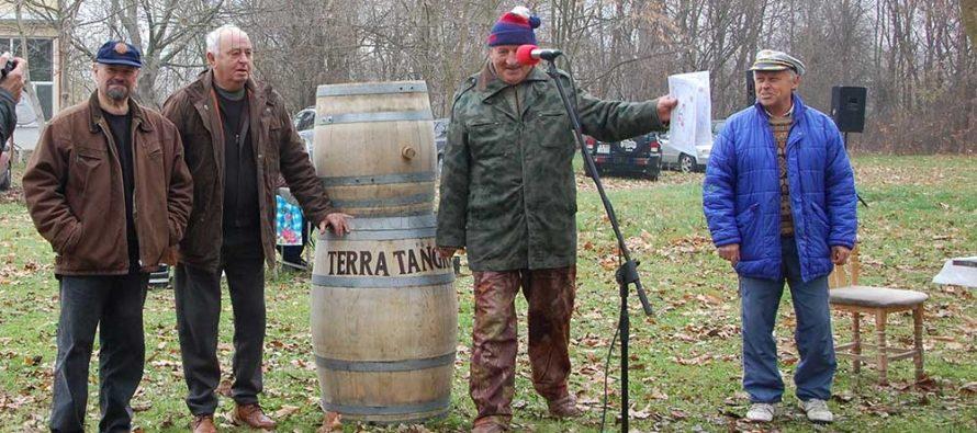 Иван Боянов взе две награди от празника на виното